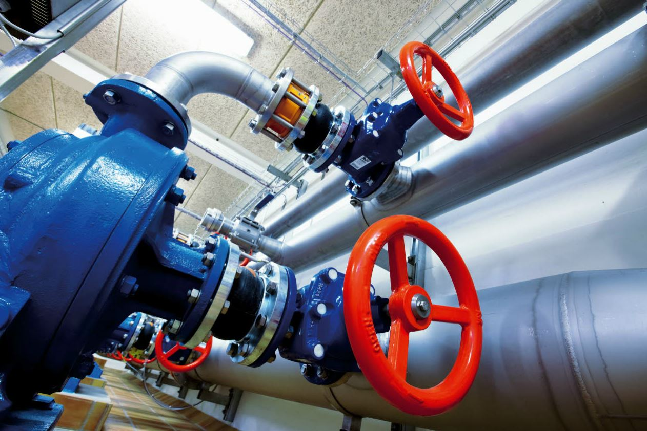 Comparison Between Centrifugal Pump and Positive Displacement Pump