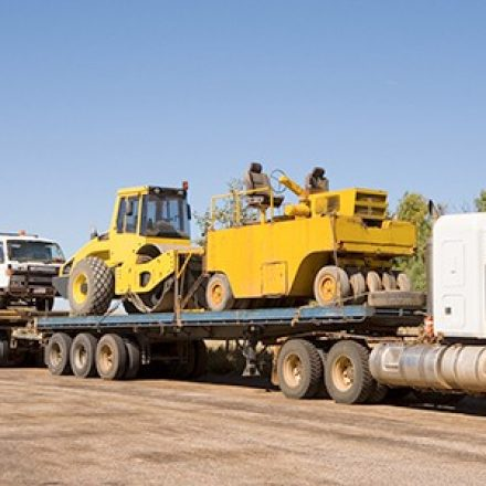Five Tips when Choosing a Heavy Haul Trucking Company