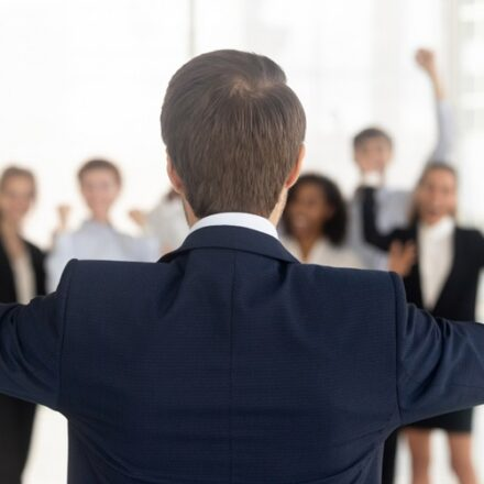 5 Basic Strategy Execution Tips For Leaders & Business Owners