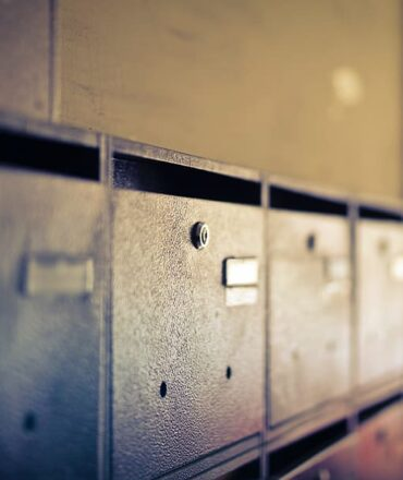 Securing The Items With Safe Deposit Box